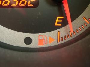 給油口の位置の確認